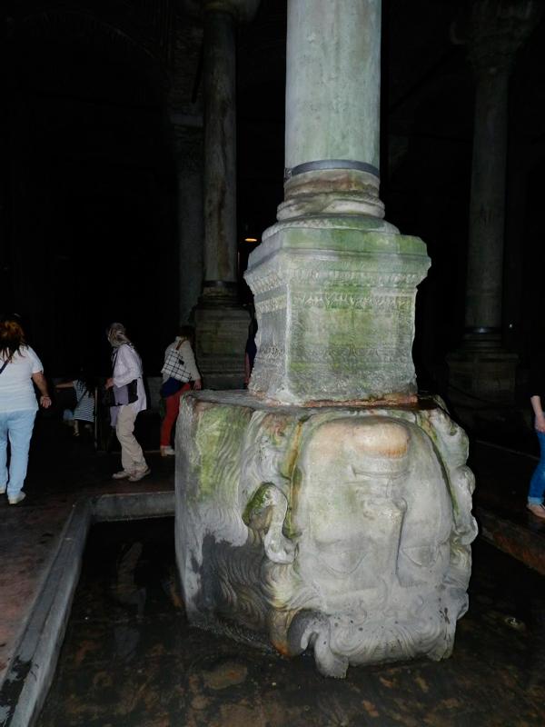 conhecendo o essencial de istambul cisterna da basilica