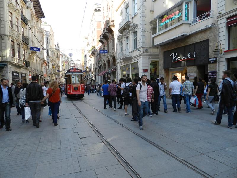 Istiklal Caddesi em Istambul na Turquia