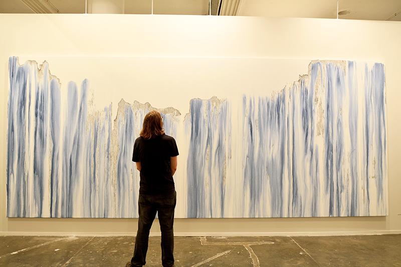 Sandra Cinto no SP-Arte 2017 no Pavilhão da Bienal em São Paulo, Brasil