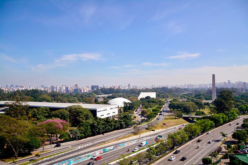 vista para o parque do ibirapuera a partir do terraço do MAC USP Museu de Arte Contemporânea de São Paulo