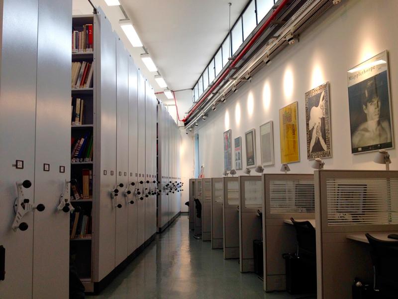 Biblioteca do MAM Muse de arte moderna no aprque do ibirapuera em são paulo