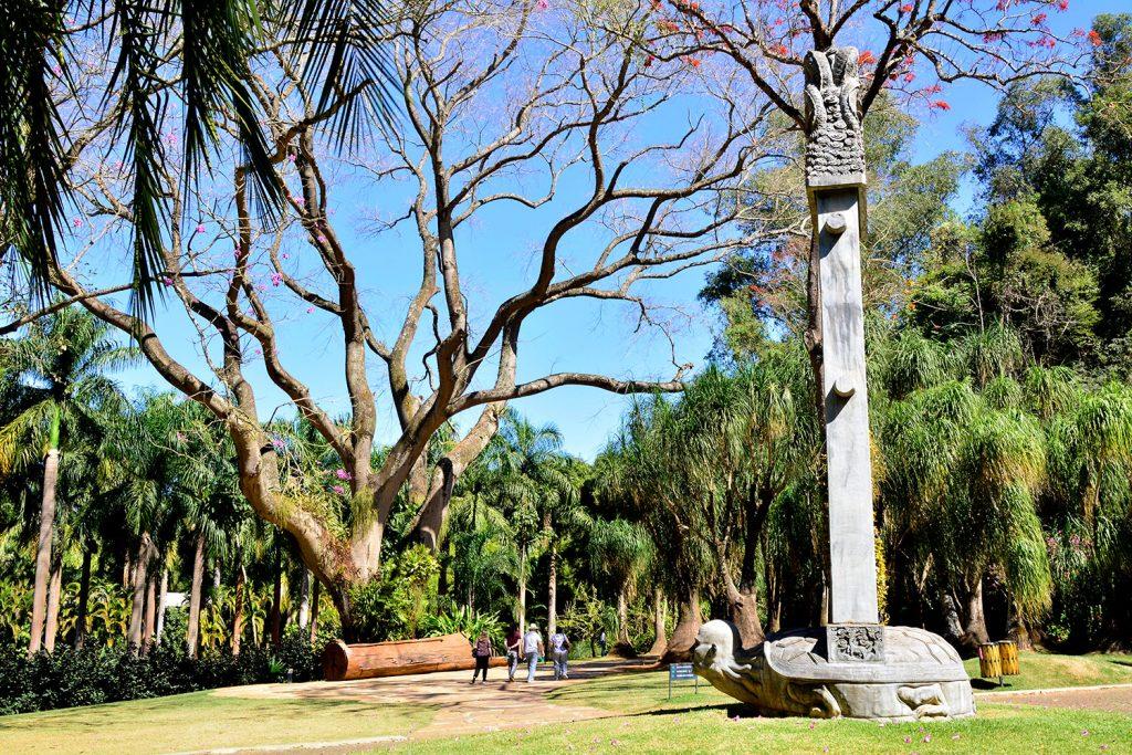 Instituto Inhotim - Rota Amarela, Inhotim, Minas Gerais, Brasil, Arte Contemporânea, Parque, Zhang Huan