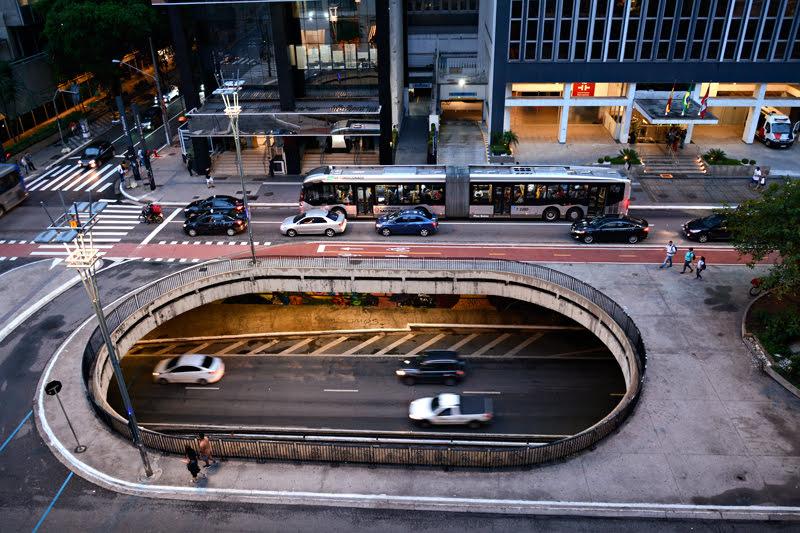 Vista da Avenida Paulista visto do IMS Instituto Moreira Salles em Sao Paulo