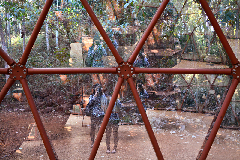 Galeria Matthew Barney na rota rosa do instituto inhotim em brumadinho minas gerais brasil