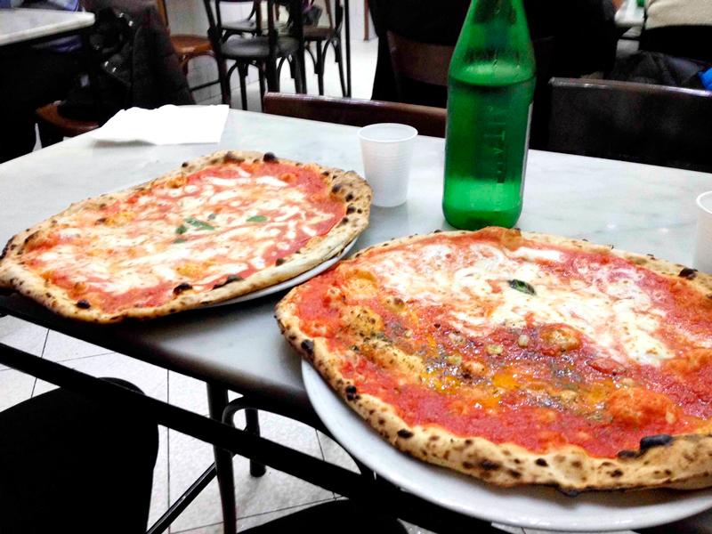 L'Antica Pizzaria da Michele, Napoli, Italia