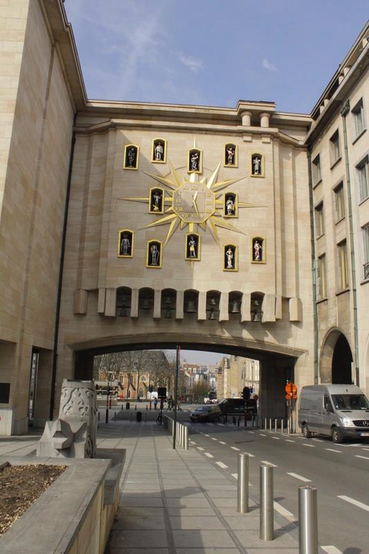 Relógio de Jacquemart ou Carillon du Mont des Arts Dicas de Viagem para quem tem pouco tempo em BRUXELAS