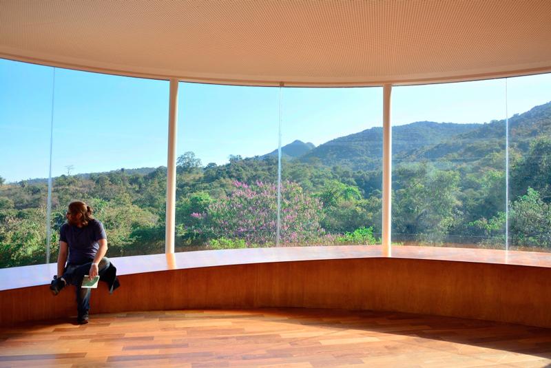 Galeria Doug Aitken no Instituto Inhotim - Rota Rosa