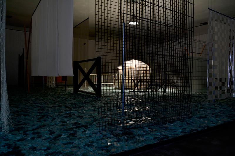 Galeria Cildo Meireles no Instituto Inhotim - Rota Amarela