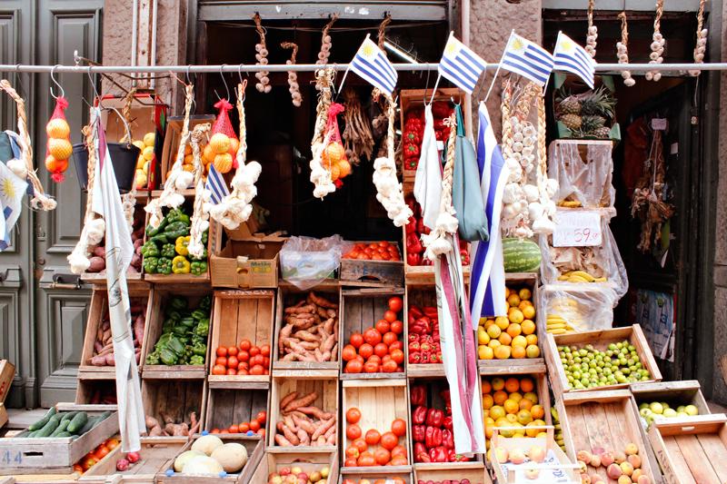 Legumes e Produtos a venda em Motevideo