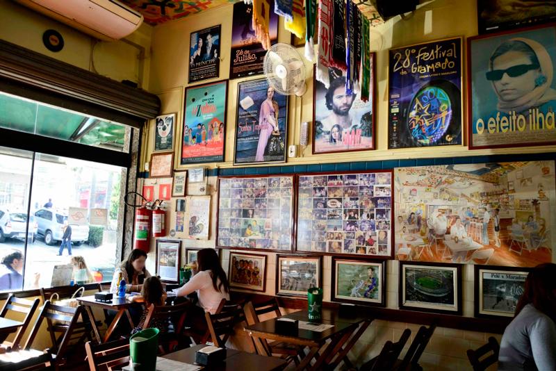 O salão Empanadas uruguaias no Empanadas Bar da Vila Madalena em São Paulo