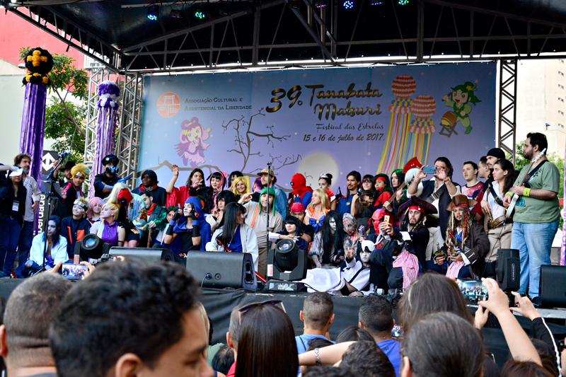 Cosplay no Tanabata Matsuri ou Festival das Estrelas no bairro da Liberdade em São Paulo
