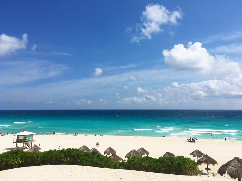 Playa Delfines em Cancún no México