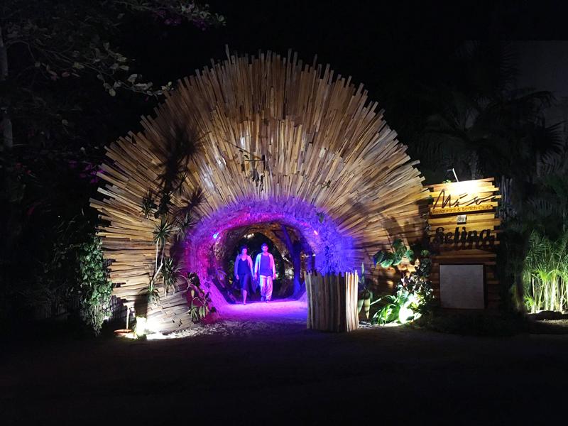 Uma das incríveis decorações de restaurantes em Tulum no Mexico