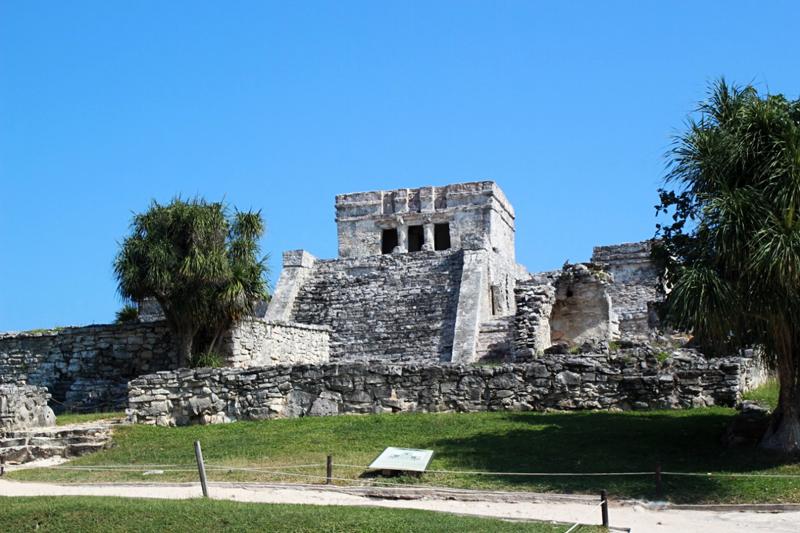 O El Castillo de Tulum no México